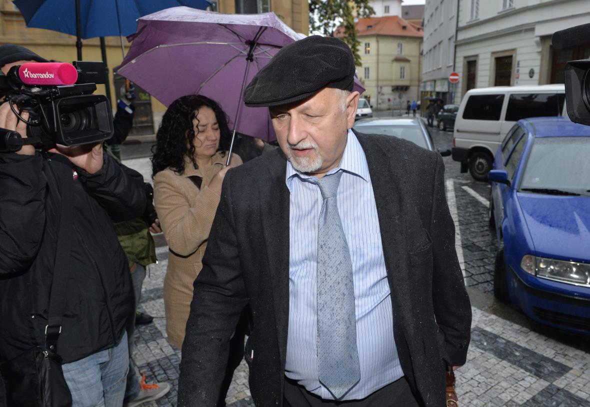 Eduard Bruna - advokát Jany Nagyové