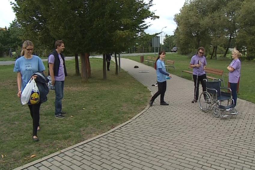 Mezinárodní kurz studenty seznámil s problémy lidí s hendikepem