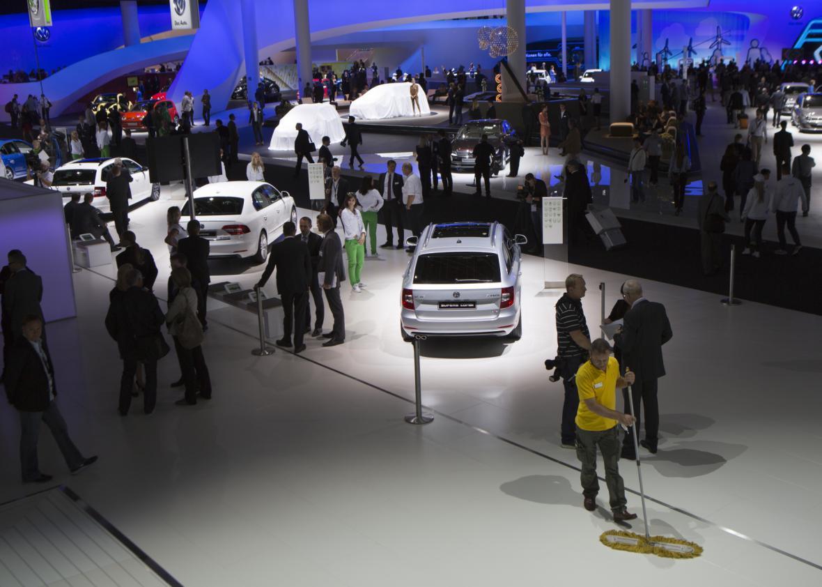 Stánek automobilky Škoda Auto na autosalonu ve Frankfurtu (2013)