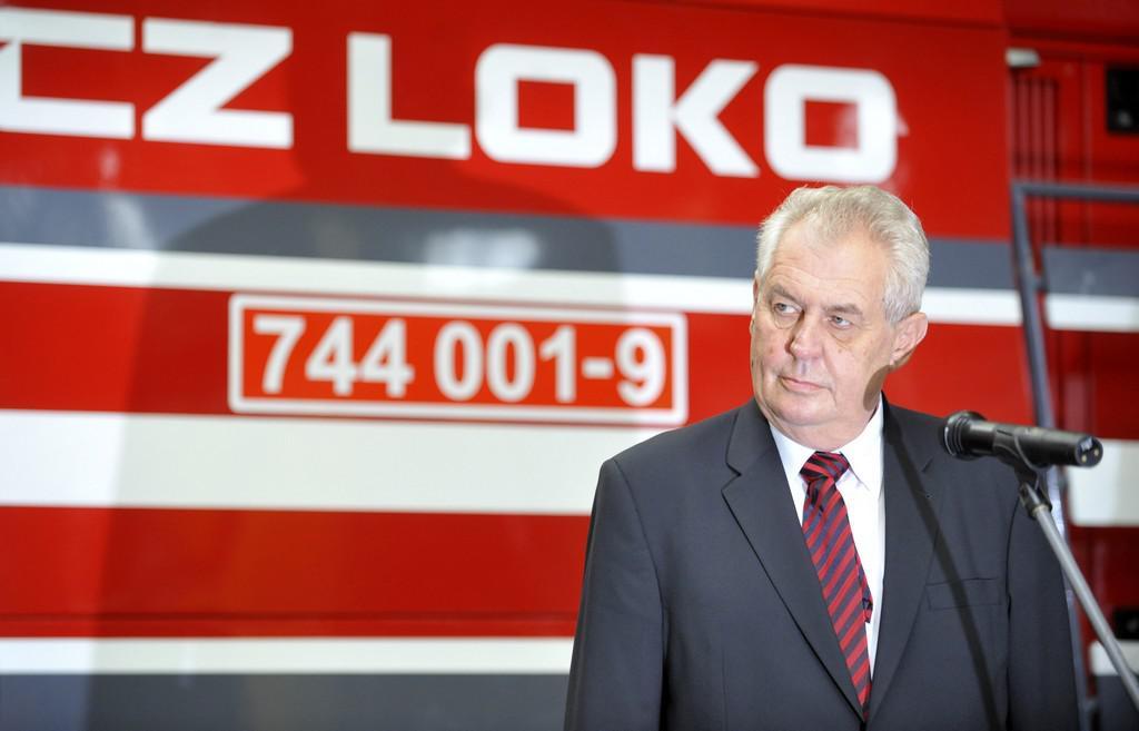 Prezident Miloš Zeman v třebovském podniku CZ Loko