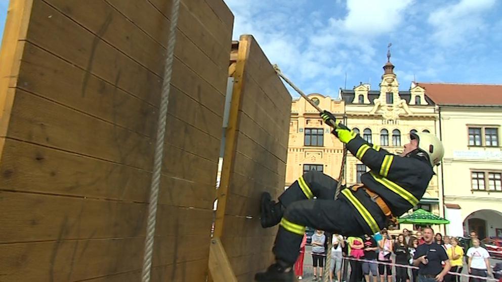 Závod TFA aneb Nejtvrdší hasič přežije