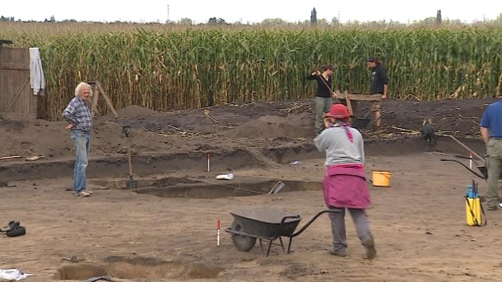 Archeologové si lokalitu vytipovali díky leteckým snímkům