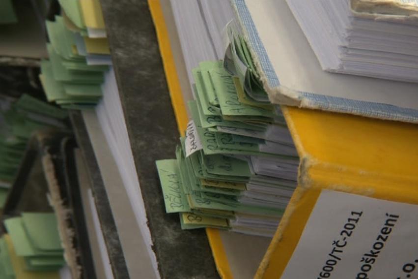 Dokumentace k případu je uložená ve stovce šanonů