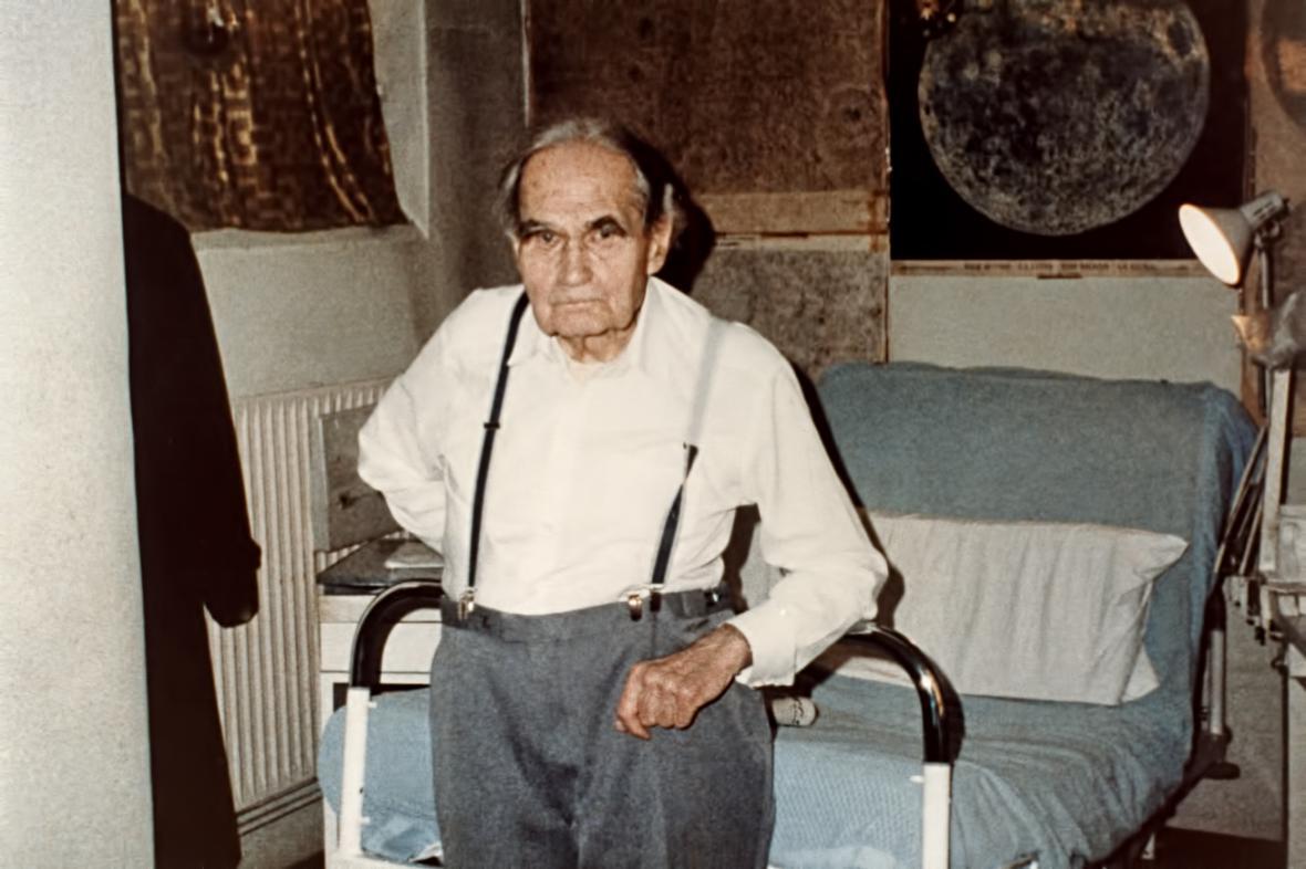 Rudolf Hess ve vězení ve Špandavě