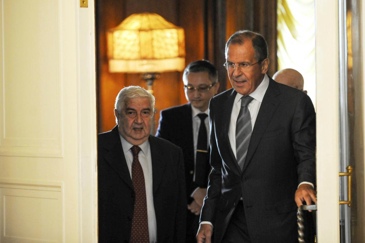 Sergej Lavrov se svým syrským protějškem Valídem Mualimem