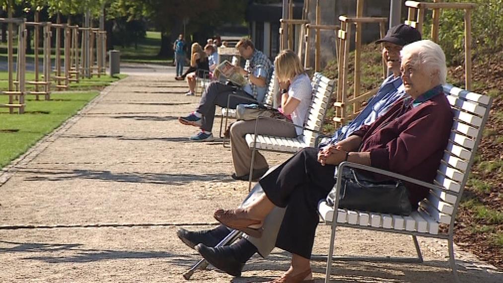 Lidé ocenili především nové lavičky