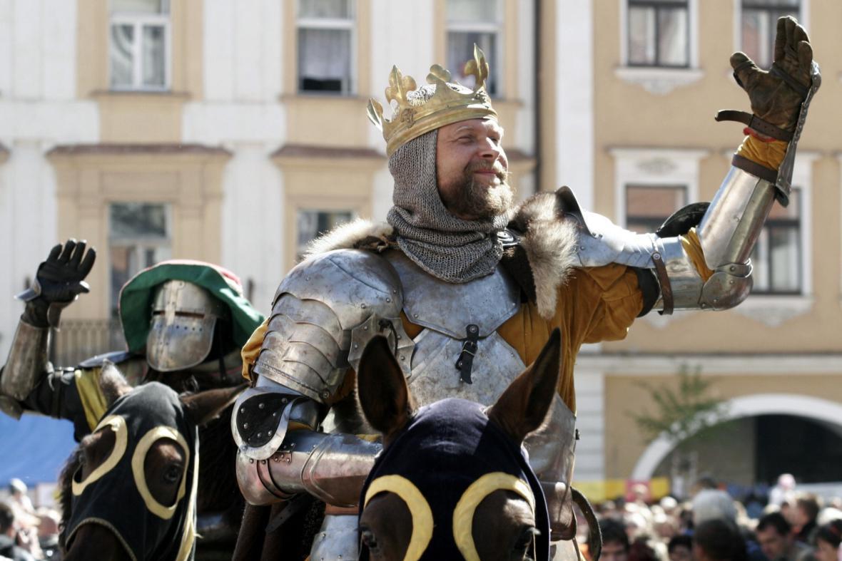 Český král Václav IV. je symbolen vinobraní