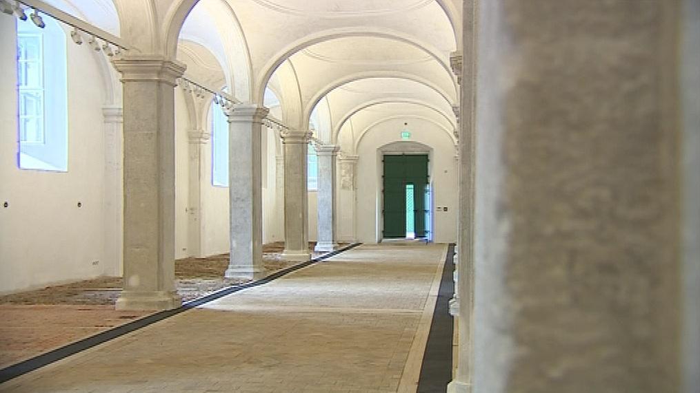 Replika původní dubové špalíkové podlahy