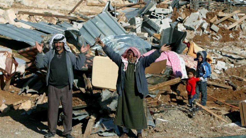 Nucený odchod beduínů