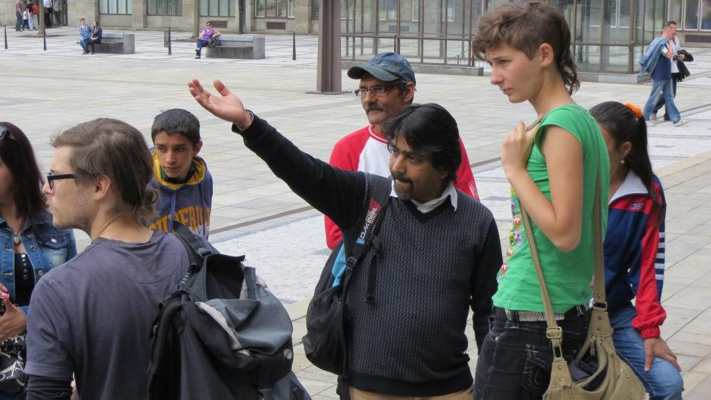 Kumar Vishwanathan s obyvateli Přednádraží