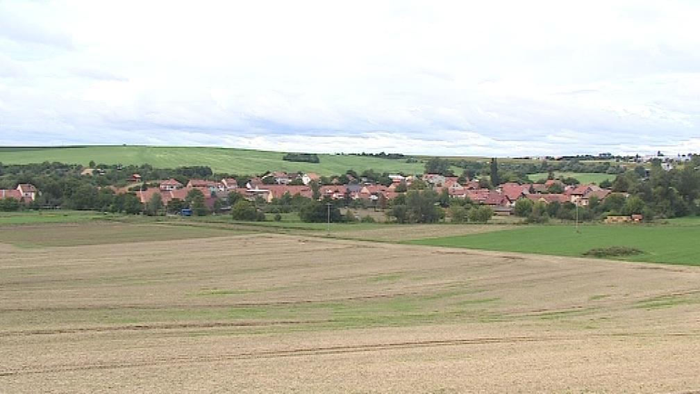 Většina obyvatel Bedřichovic dojíždí za prací do Brna