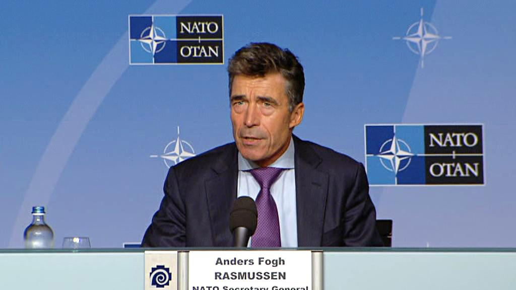 Anders Fogh Rasmussen na brífinku k Sýrii