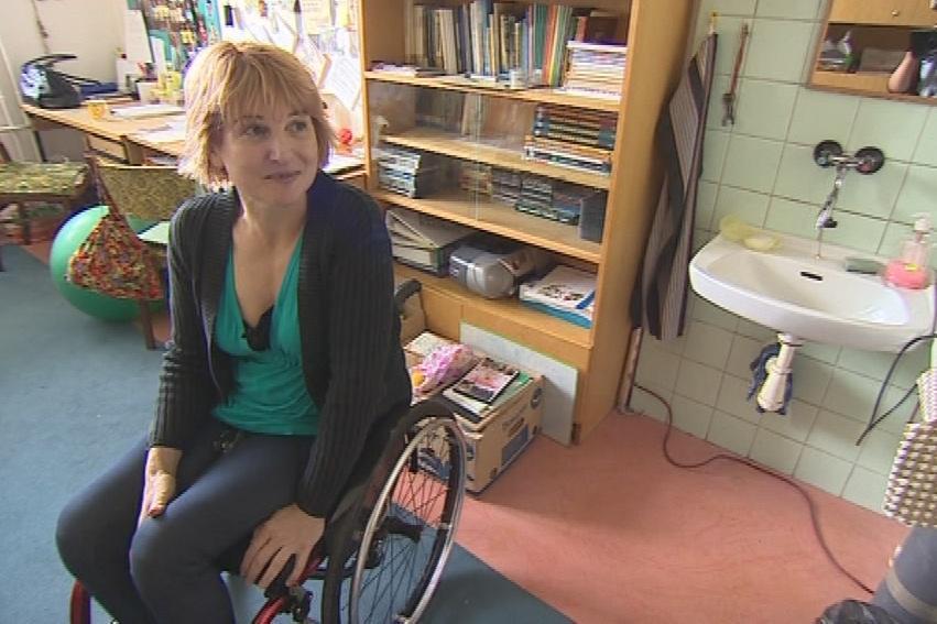 Hana Volfová ve školním kabinetu