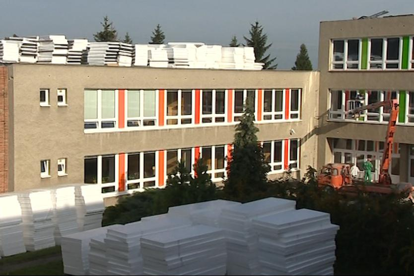 Stavební firma dostatečně nezajistila střechu