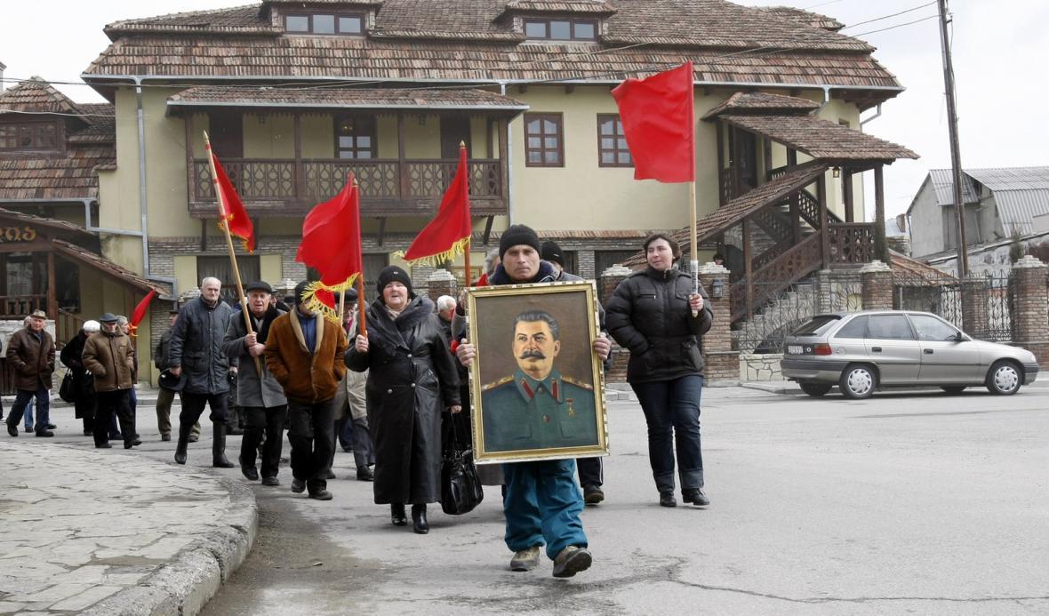 Gruzínci si připomínají 60. výročí Stalinovy smrti