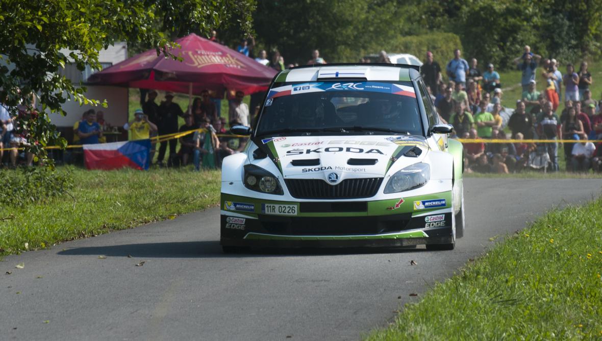 Esapekka Lappi a Janne Ferm ve voze Škoda Fabia S2000
