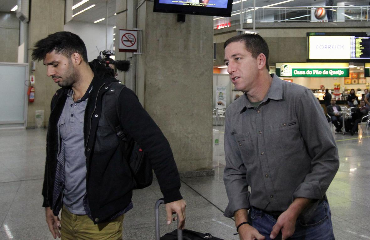 Glenn Greenwald (vpravo) a David Miranda