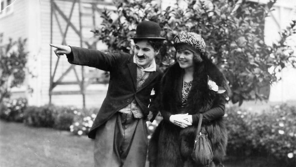 Zrození filmové Afriky /  Osa a Charlie Chaplin