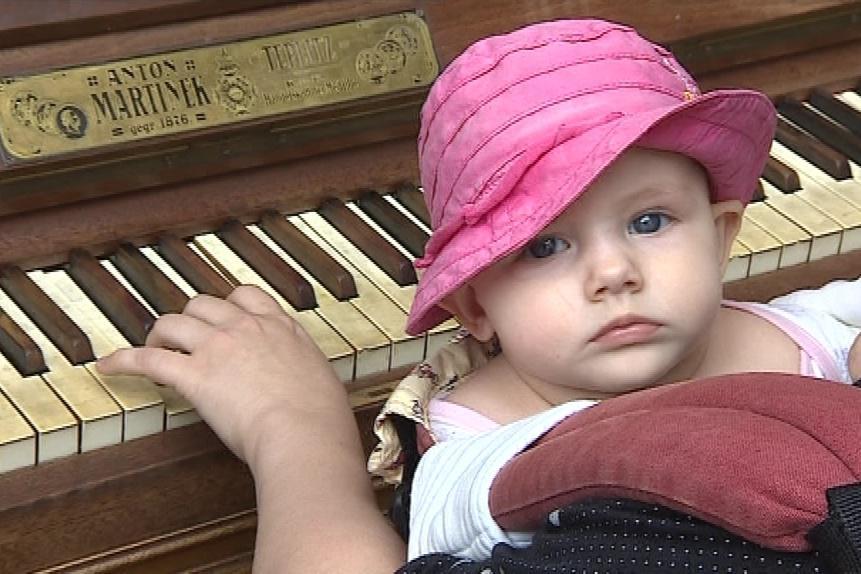Na piano si může zahrát každý