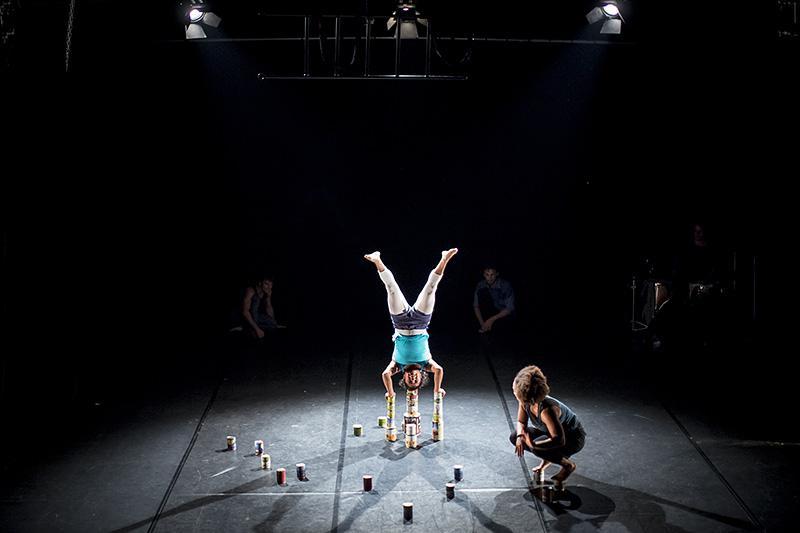 Cirkus Mlejn - Ironické férrum