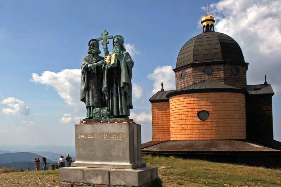 Cyril a Metoděj na Radhošti v Beskydech