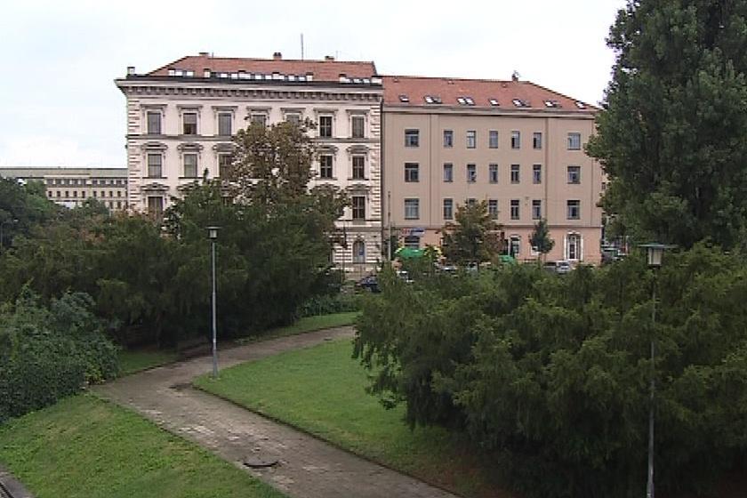 Žalobci se tísní v budově v Jezuitské ulici v Brně