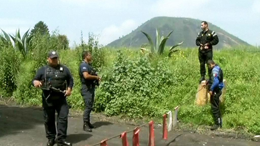 Mexická policie na místě činu