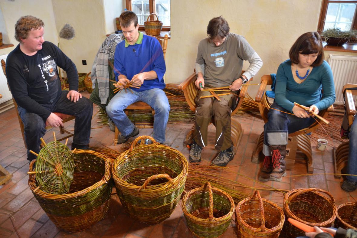 Kurz pletení košíků