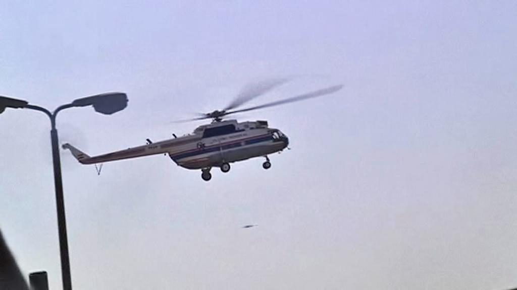 Vrtulník s Mubarakem opouští věznici Tora