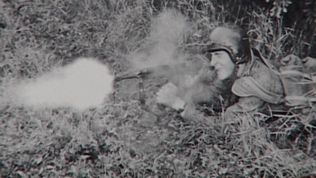 Člen 7. výsadkového pluku v roce 1968
