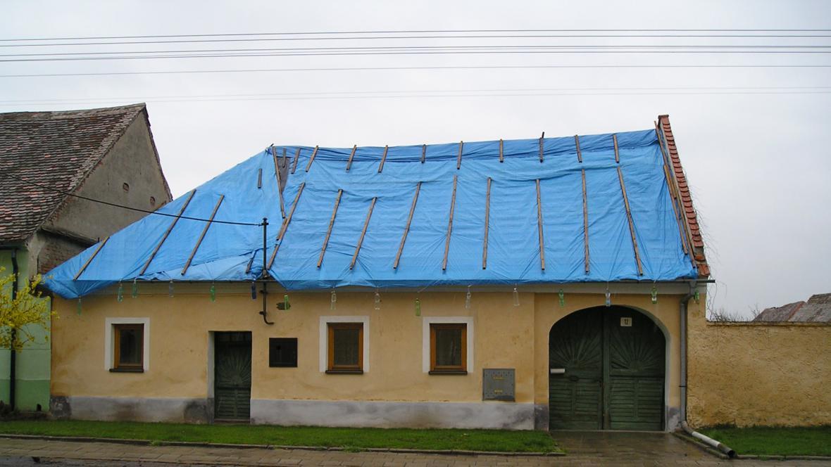 Památkově chráněný dům ve Strachoticích před několika lety