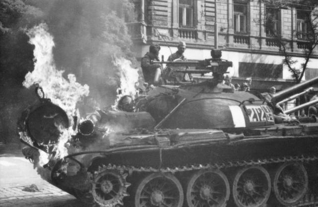 Srpen 68 v pražských ulicích