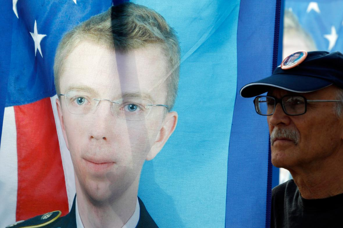 Demonstrace na podporu Bradleyho Manninga