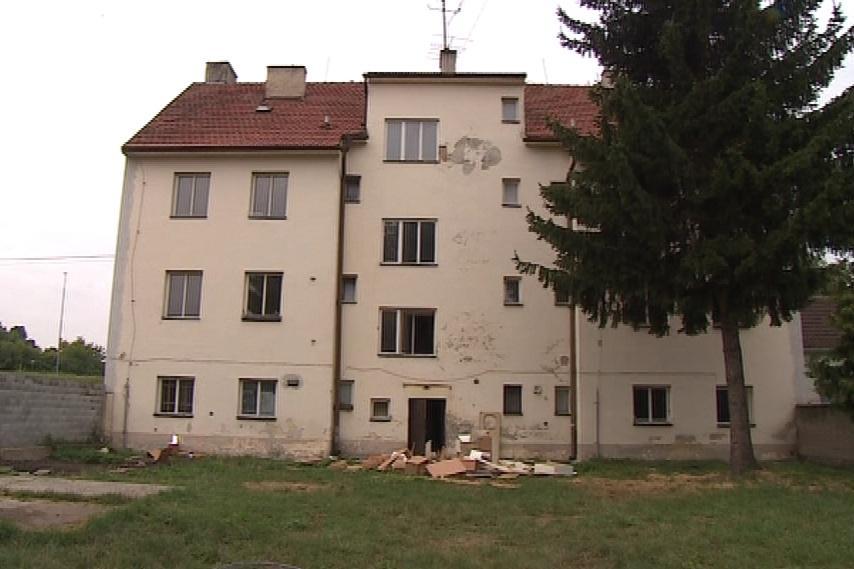 Dům teď čeká oprava a noví nájemníci