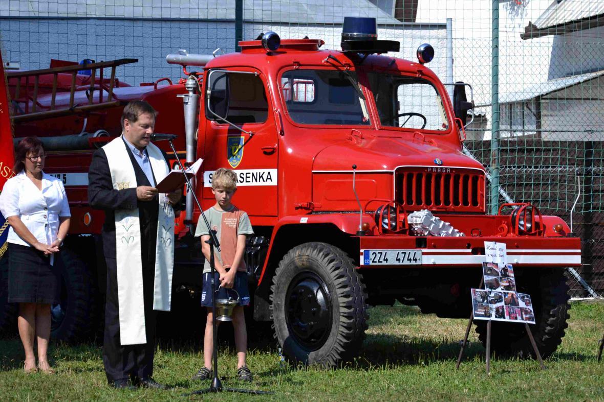 Převzetí nové hasičské techniky - Vsetín, Jasenka