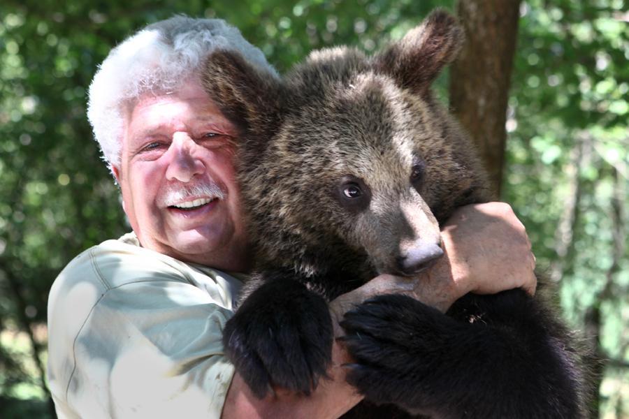 Václav Chaloupek a jeho medvěd Martin