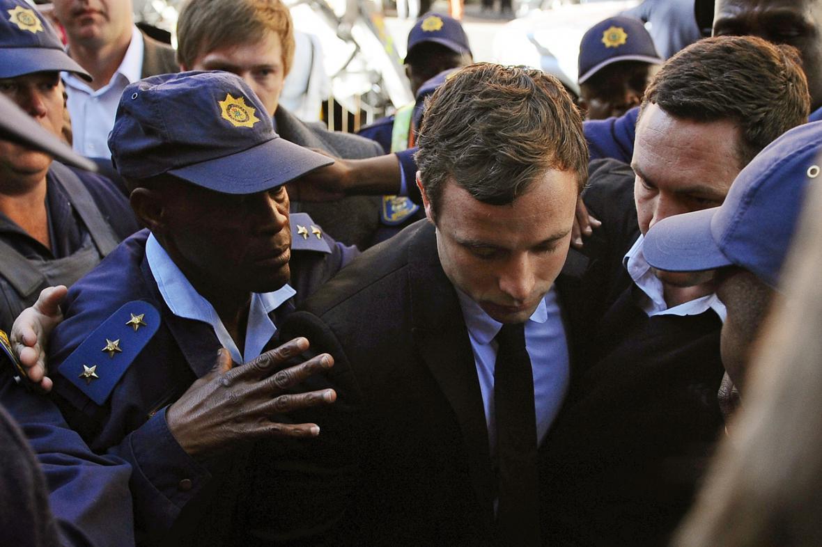 Oscar Pistorius dorazil k soudu