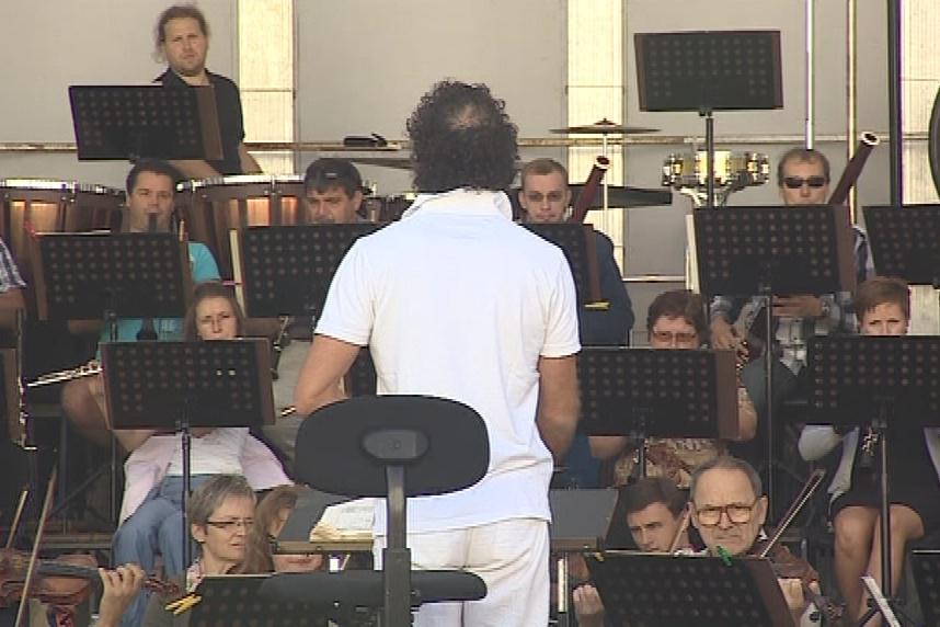 Dnešní koncert proběhne pod taktovkou Aleksandara Markoviće