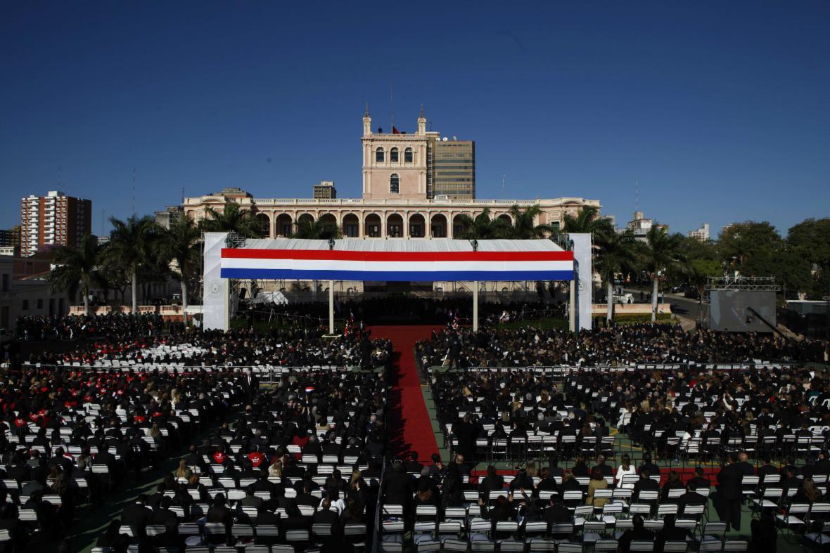 Slavnostní ceremoniál ke střídání paraguayských prezidentů