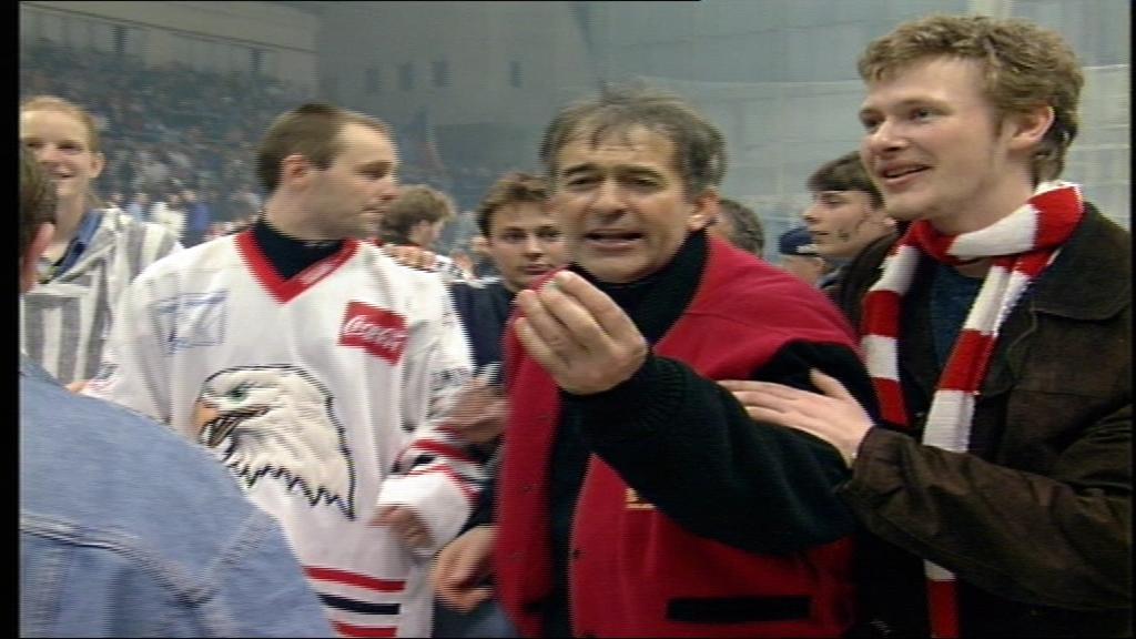 V osudné sezoně 1998/99 poslali Orli v baráži Duklu do první ligy