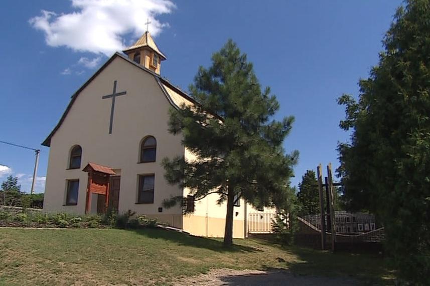 Zvon na kapli v Ježkovicích už může zvonit denně