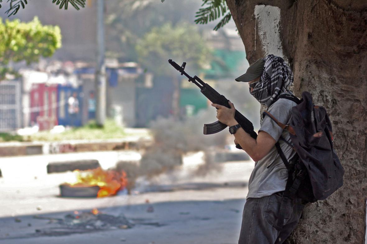 Ozbrojený stoupenec Muhammada Mursího