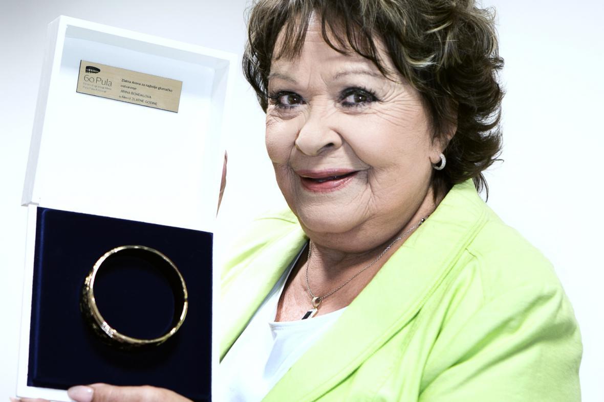 Jiřina Bohdalová převzala cenu Zlatá arena