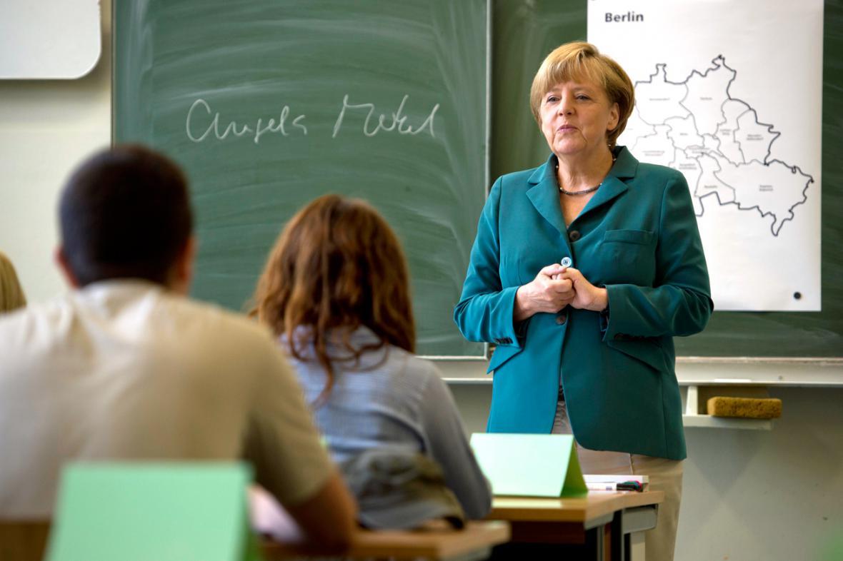 Angela Merkelová vedla hodinu dějepisu
