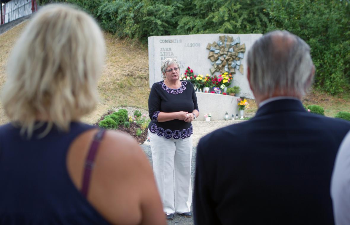 Naděžda Tomčíková na vzpomínkovém setkání k výročí vlakového neštěstí ve Studénce