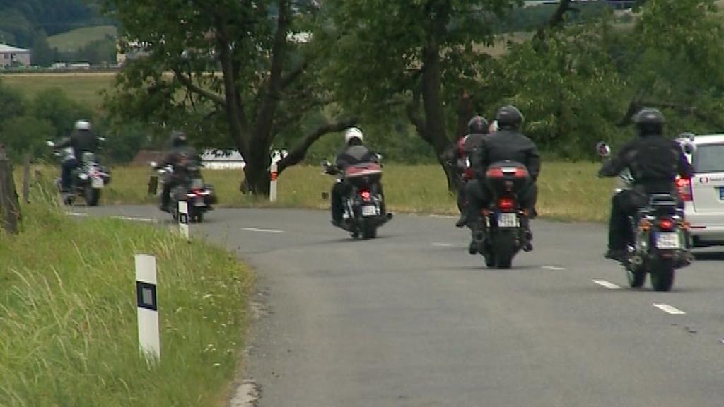 Sraz motorkářů seniorů