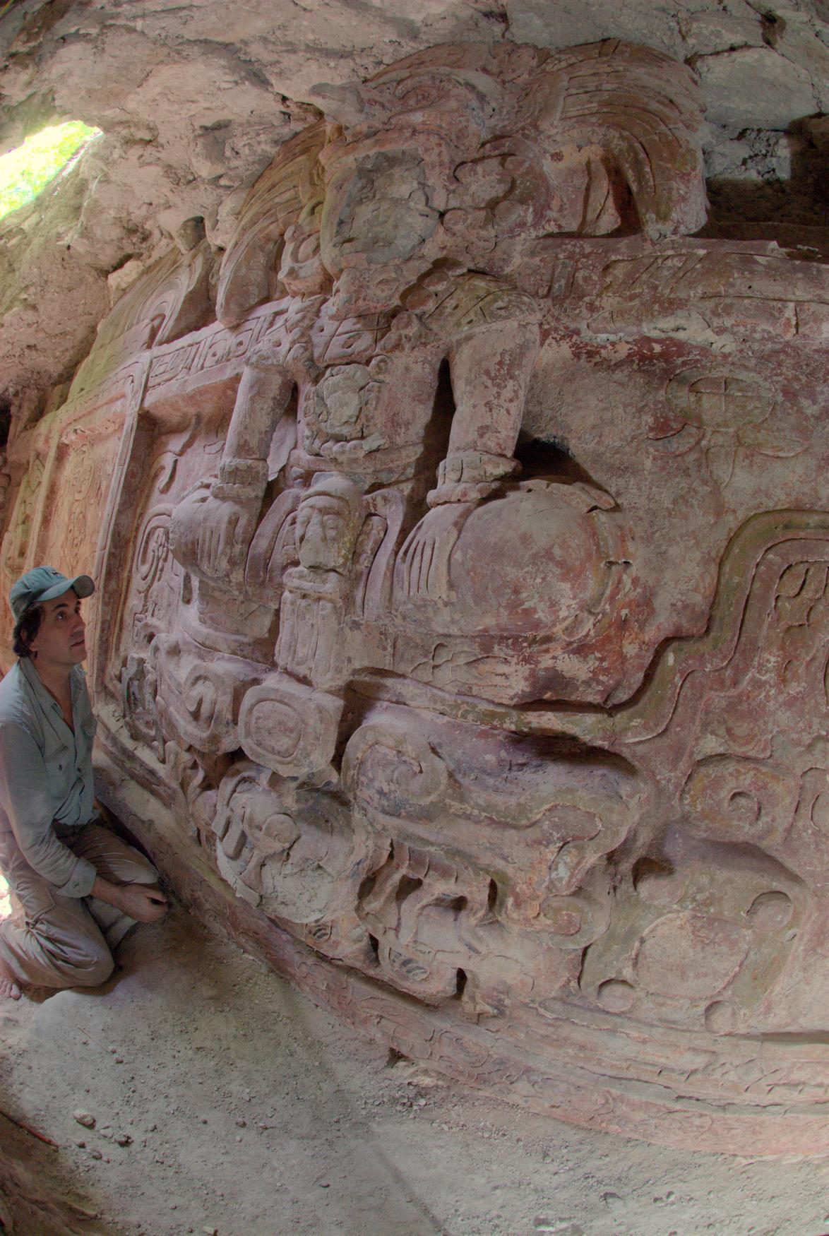 Archeologové objevili v Guatemale velkou mayskou skulpturu