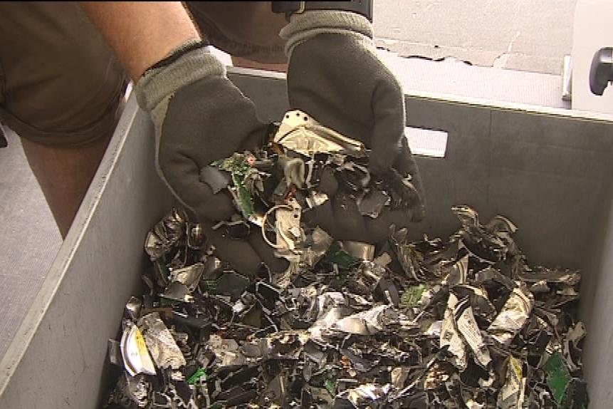 Ze zlikvidovaných disků zbyl jen neškodný odpad