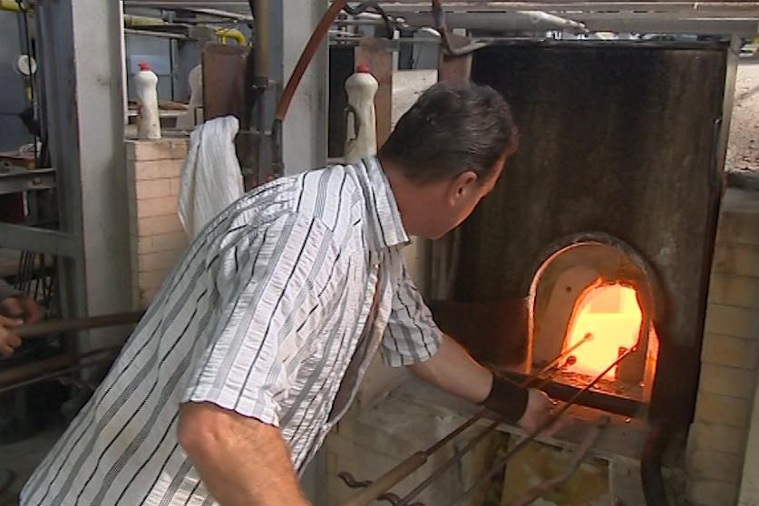 Práce u pece je náročná především v létě