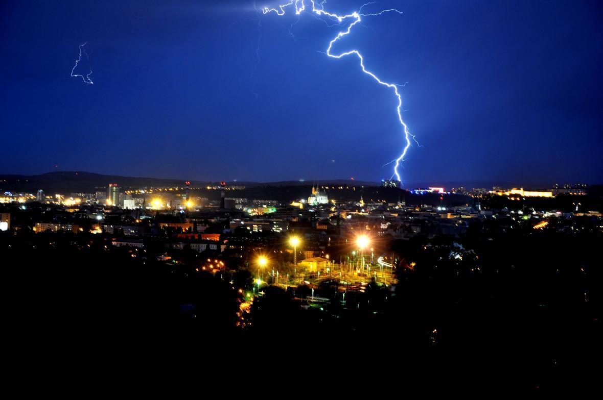 Bouřka v Brně